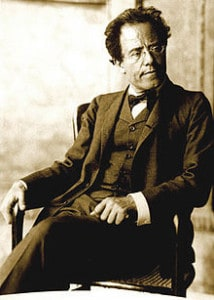 220px-Photo_of_Gustav_Mahler_by_Moritz_Nähr_02